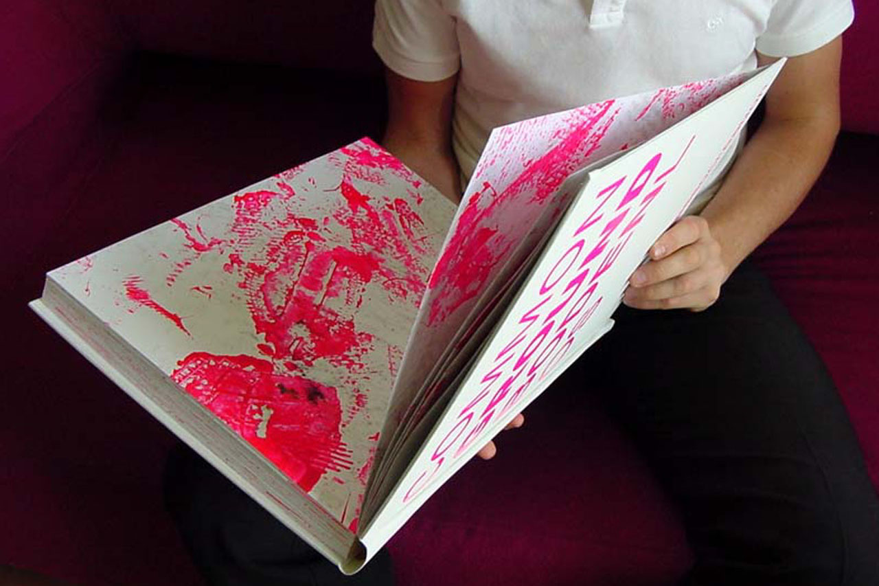 Pink Prints – shoe diploma. Object, 2002. Österreichische Nationalbibliothek, Vienna (AT). Photo: Assocreation.